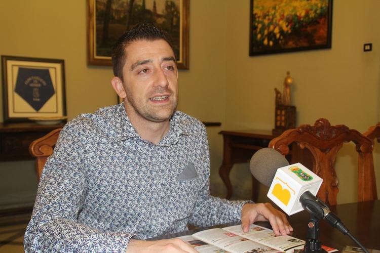Cómplices, Josema Yuste y Los Titiriteros visitarán Barbastro este verano