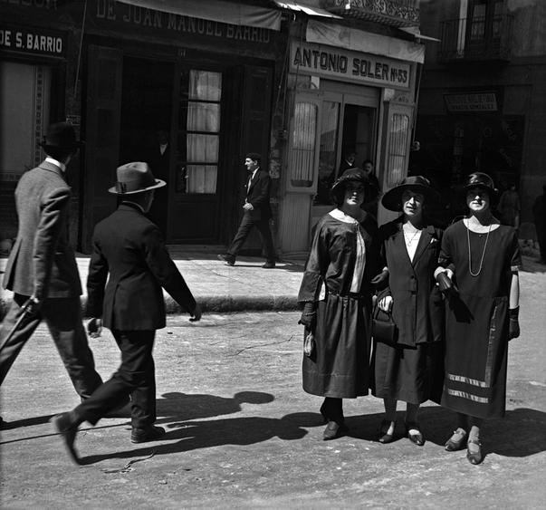 Los hermanos Viñuales nos trasladan a la Huesca de principios del siglo XX