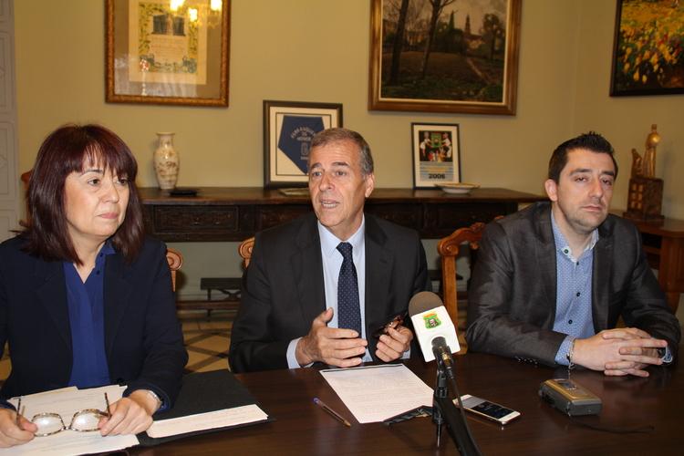 Un congreso analizará en Barbastro medio siglo de poesía española