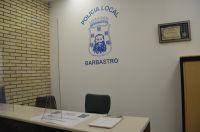 Polica_local_2