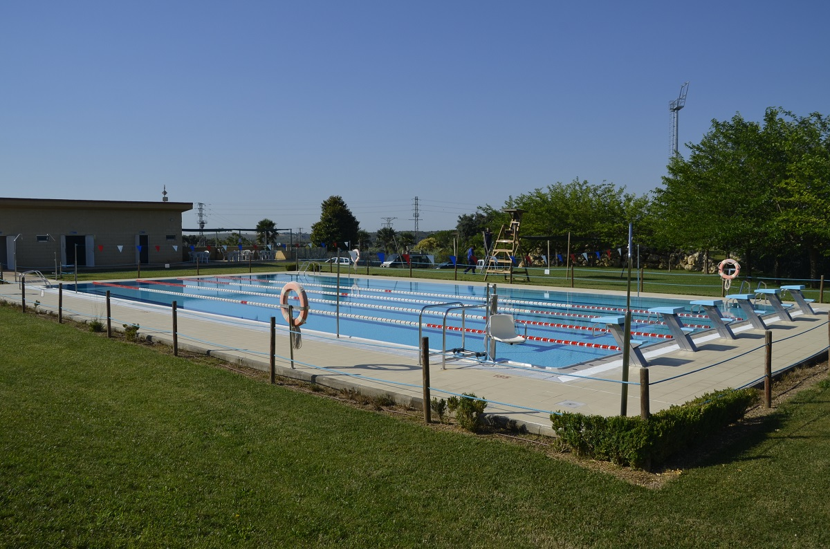 El Ayuntamiento de Barbastro ha abierto hoy las piscinas de verano