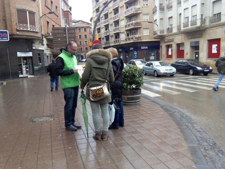 Nuevas jornadas de concienciación a pie de calle de