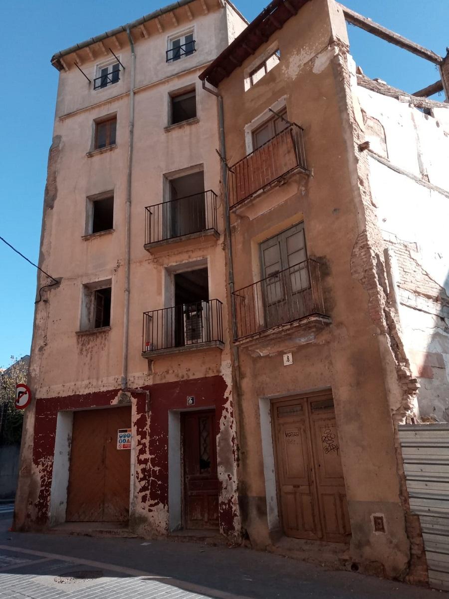 Urbanismo declara la demolición por ruina de dos edificios de la calle Calvario